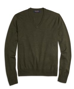 Brooks Brothers - Saxxon Wool V-Neck Sweater