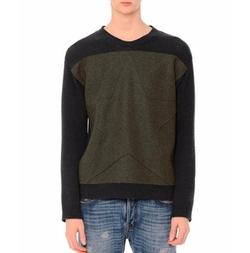 Valentino - Tonal-Star Patch Colorblock Crewneck Sweater
