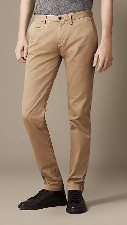 Burberry - HEAVY COTTON TWILL SKINNY FIT CHINOS