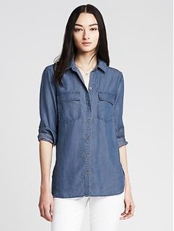 Banana Republic - Soft-Wash Denim Boyfriend Shirt
