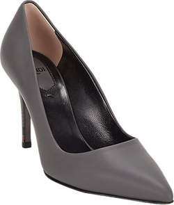 Fendi - Pointed Toe Pumps