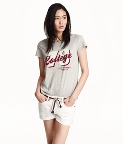 H&M - College Print T-Shirt