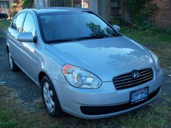 Hyundai  - 2006 Accent Car