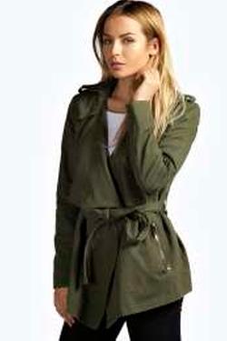 Boohoo  - Amelia Belted Jacket