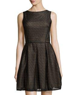 Max Studio  - Floral-Design Lace Sleeveless Dress