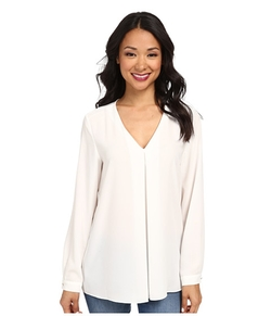 Vince Camuto - Long Sleeve V-Neck Blouse