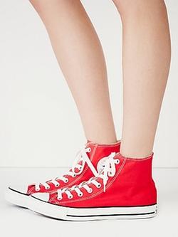 Converse - Hi-Top Chuck Taylor Sneakers