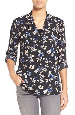 Vince Camuto - High/low V-Neck Blouse