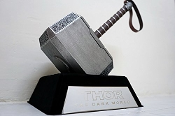 Lager Toys - Thor Mjolnir and Base Replica