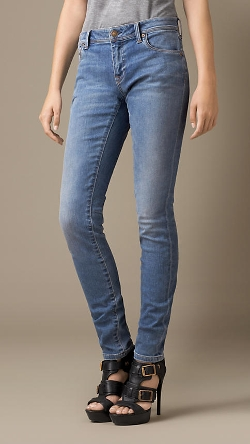 Burberry - Skinny Low-Rise Vintage Wash Jeans
