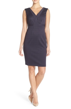 Donna Morgan  - Textured Grid V-Neck Sheath Dress