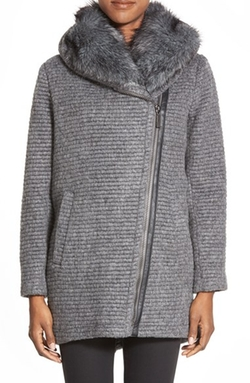 Vince Camuto - Faux Fur Trim Grooved Wool Blend Coat