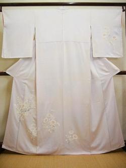 "Kimonoya Japan - Vintage Japanese Kimono Pale Wisteria ""TSUKESAGE"" in Flower Silk"