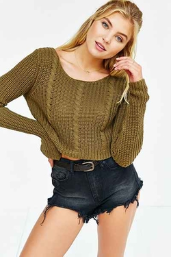 Urban Outfitters - Cropped Cable-Knit Sweater