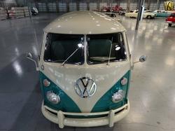 Volkswagen - 1963 Type 2 Van
