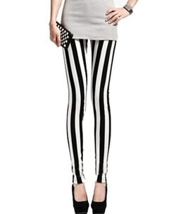 Chicnova - Wide Vertical Stripes Print Skinny Legging Pants