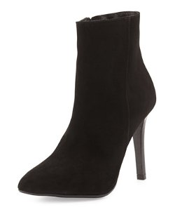 Charles David  - Dubio Pointy-Toe Suede Ankle Boot