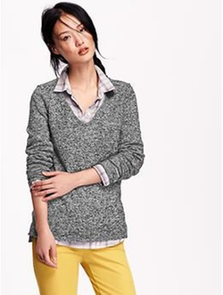 Old Navy - Classic Marled V-Neck Sweater