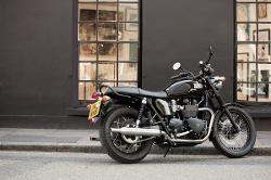 Triumph - Bonneville T100 Black