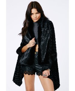 Missguided - Keira Faux Fur Open Cape