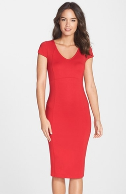 Felicity & Coco  - V-Neck Body-Con Midi Dress