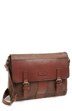 Frye  - Trevor Buffalo Leather Messenger Bag