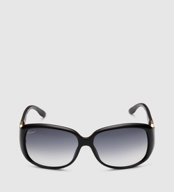 Gucci - Elegant Oval Shaped Sunglasses