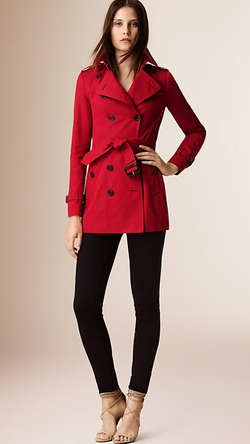 Burberry - The Sandringham - Short Heritage Trench Coat