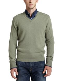 Neiman Marcus  - V-Neck Cashmere Pullover Sweater, Green