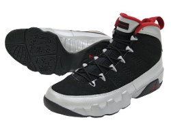 Nike  - Air Jordan 9 Retro Basketball Shoes