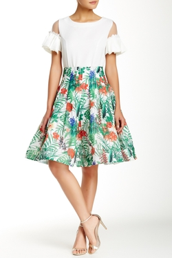 Gracia - Floral Flare Skirt