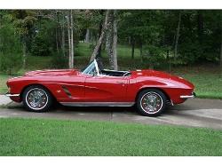 Chevrolet  - 1962 Corvette Convertible