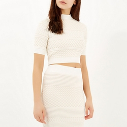 River Island - Cream Textured Knitted Crop Top