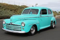 Ford  - 1947 Super Deluxe Sedan