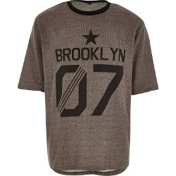 River Island - Brown Brooklyn Print T-Shirt