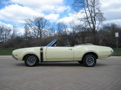 Oldsmobile - 1969 Cutlass Convertible