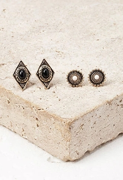 Forever 21 - Faux Stone Stud Set