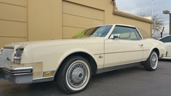 Buick - 1980 Riviera Coupe