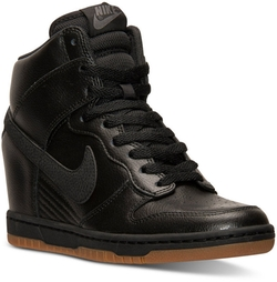 Nike - Dunk Sky Hi Essential Casual Sneakers