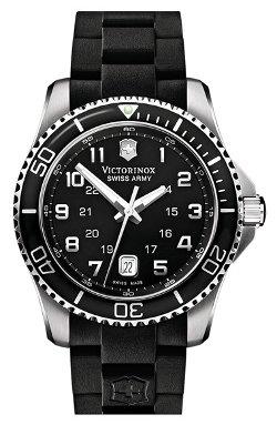 Victorinox Swiss Army - Maverick GS Rubber Strap Watch