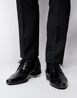 Asos  - Wingcap Brogue Shoes In Black Leather