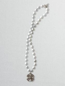 Pendleton Woolen Mills - Bravoure Howlite Bead Medallion Necklace