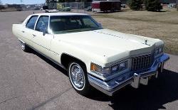 Cadillac  - 1976 Fleetwood