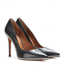 Givenchy - Lia Leather Pumps