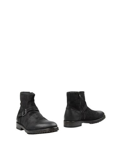 Bernardo M - Ankle Boot