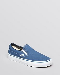 Vans  - Unisex Flat Sneakers  Classic Canvas Slip-On
