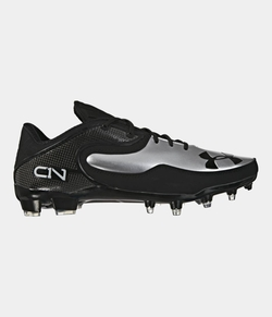 Under Armour - Cam Low Football Cleats