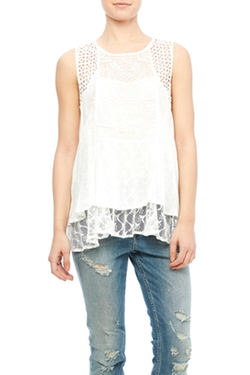 Hazel - Sleeveless Lace Blouse