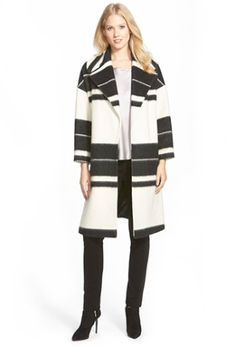 Helene Berman - Cotton Blend Clutch Coat
