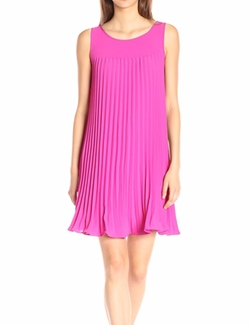 Adrianna Papell - Flyaway Pleated Shift Dress